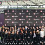 Beşiktaş Kadın Futbol takimi – Vodafone 4